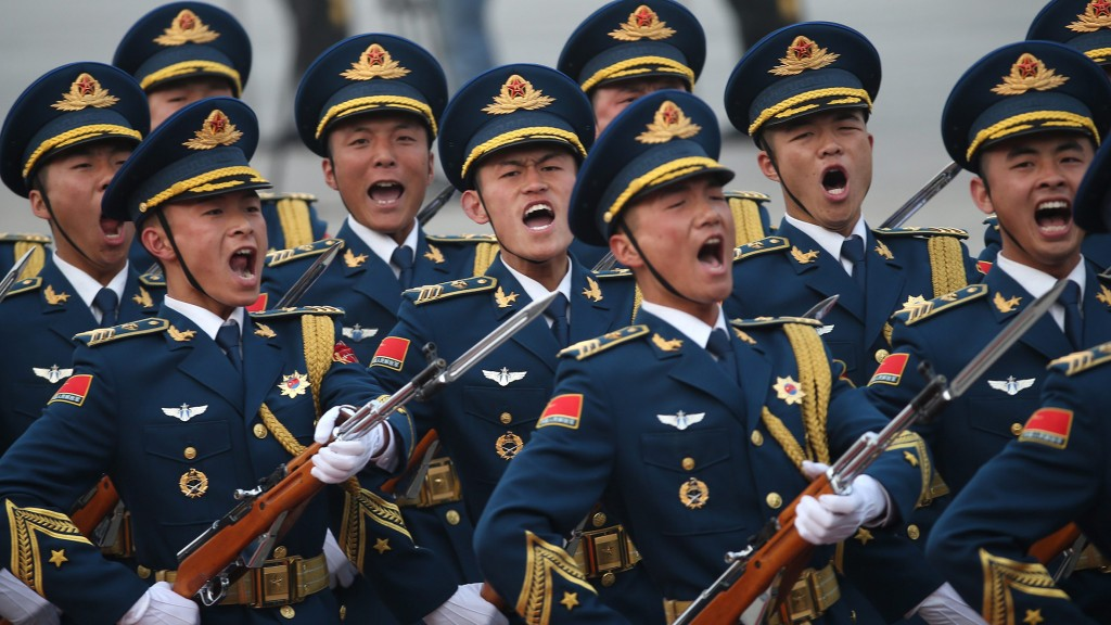 China, Peking: Soldaten der chinesischen Volksbefreiungs Armee (Foto: dpa / picture alliance / EPA / How Hwee Young)