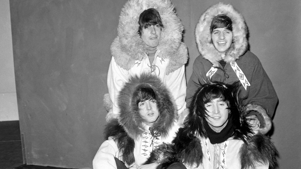 Die Beatles in Winterkleidung (Foto: Imago Images/United Achives/TopFoto.co.uk)
