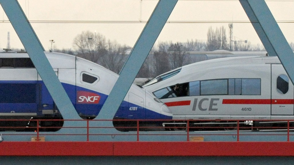 ICE und TGV (Foto: picture alliance/Marijan Murat/dpa)